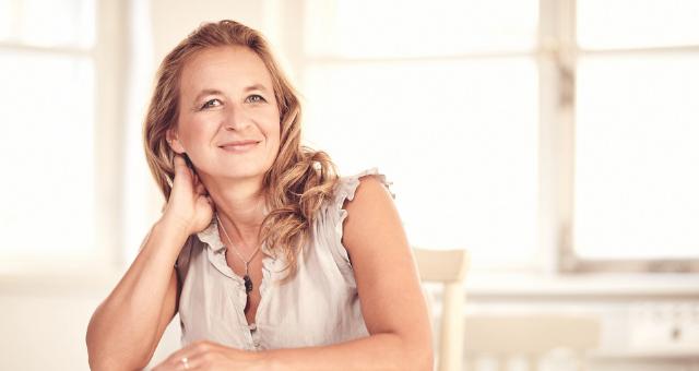 ROZHOVOR S MARIÍ VILÁNKOVOU: INFORMAČNÍ MEDICÍNA VÁM ZMĚNÍ ŽIVOT | Nový Fénix