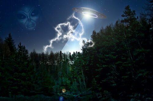 UFO existuje - konec zatajování a zkreslování skutečností | Nový Fénix